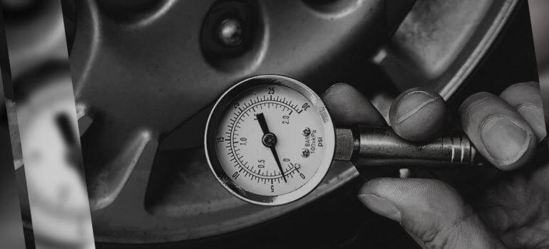 Автомобильный манометр: какой выбрать и как пользоваться