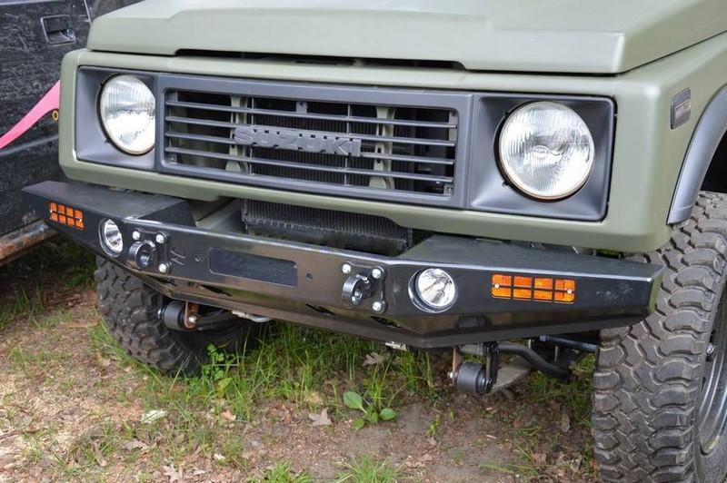 Suzuki Samurai  Xor  X