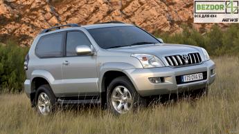 Внедорожник Toyota Land Cruiser стал значительно короче: шутка или новая тенденция